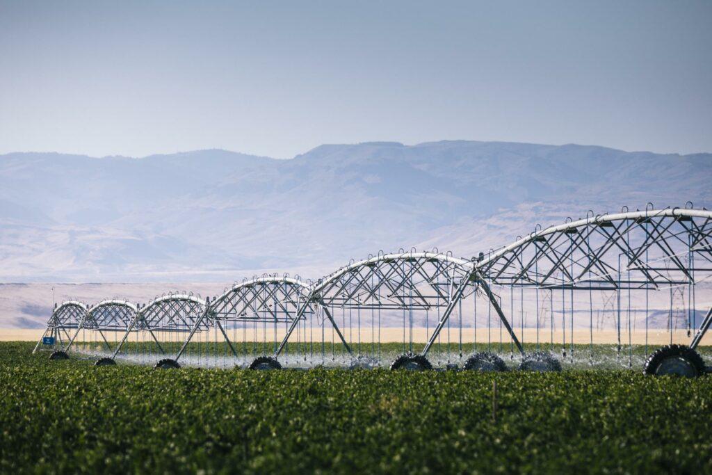 Valley Irrigation Center Pivot 8000 Series